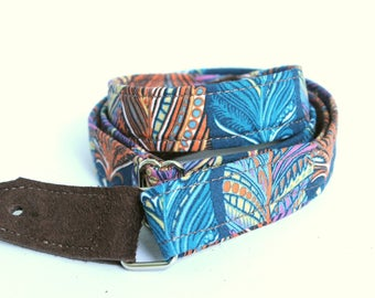 Ukulele Strap in Teal Feather with Leather Ends, adjustable and comfortable