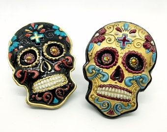 Mexican Skull, Sugar Skull Pin, Golden Brooch, Black Skull Jewelry, Gothic Jewelry, Day of The Dead, Dia De Los Muertos, Mexican Calavera