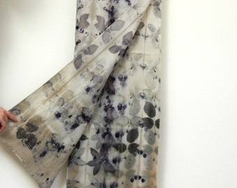 OOAK Wool scarf printed with real leaves, Ecoprinted cozy scarf, Natural dyeing, Plant dyeing, 34x170 cm, 100% wool, sustainable process