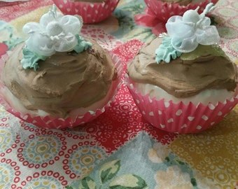 Fake cupcake, 2 White Rose Blossom, Cup cakes,shabby cottage chic, Fake Food,Photo Dessert Prop, hp roses, rose,bakery,