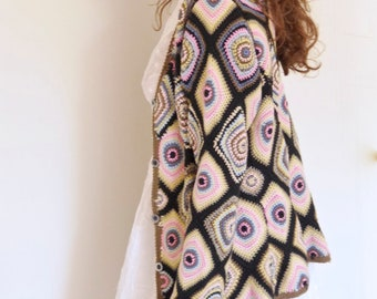 Vtg 90s does 70s granny square patchwork knitted multicolour cardigan sweater