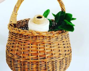 Franse vintage hengselmand| french basket| appelmand | hengselmand | rotan french basket | 70s rotan basket |