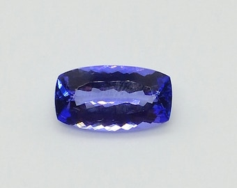 5.60 ct. Blue/Violet Tanzanite cushion cut