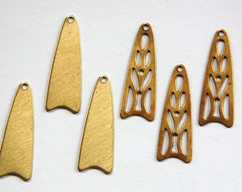 Raw Brass Stacking Charm Pendant Findings (6) mtl127A