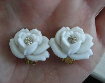 Vintage Art Deco Carved White Milk Glass Rose Gold Clip Earrings Midcentury