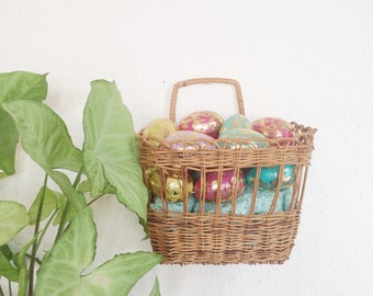 Wicker wall pocket/woven plant holder