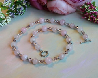 Beads with rose quartz and Swarovski