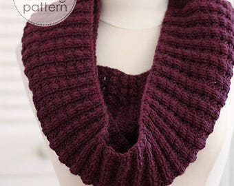 Knitting Pattern Scarf. Knit Infinity Scarf. Knitted Scarf. Knitting Patterns. Knitting Accessories. DIY Knit Scarf. Infinity Scarf Pattern.