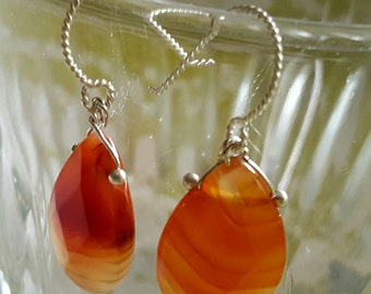 EARRINGS: Elegant Teardrop Shades of Orange Solitaire Bead on a Decorative Spiral Sterling Silver Hook