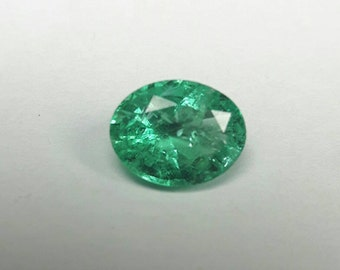 Nice bright 1.0ct natural Emerald