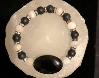 Onyx & Moonstone Crystal Healing Gemstone Bracelet