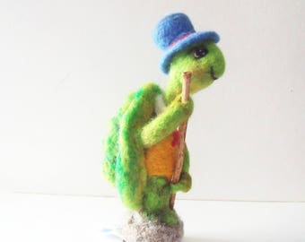 Needle Felted Figurine of Turtle by ElaineMary