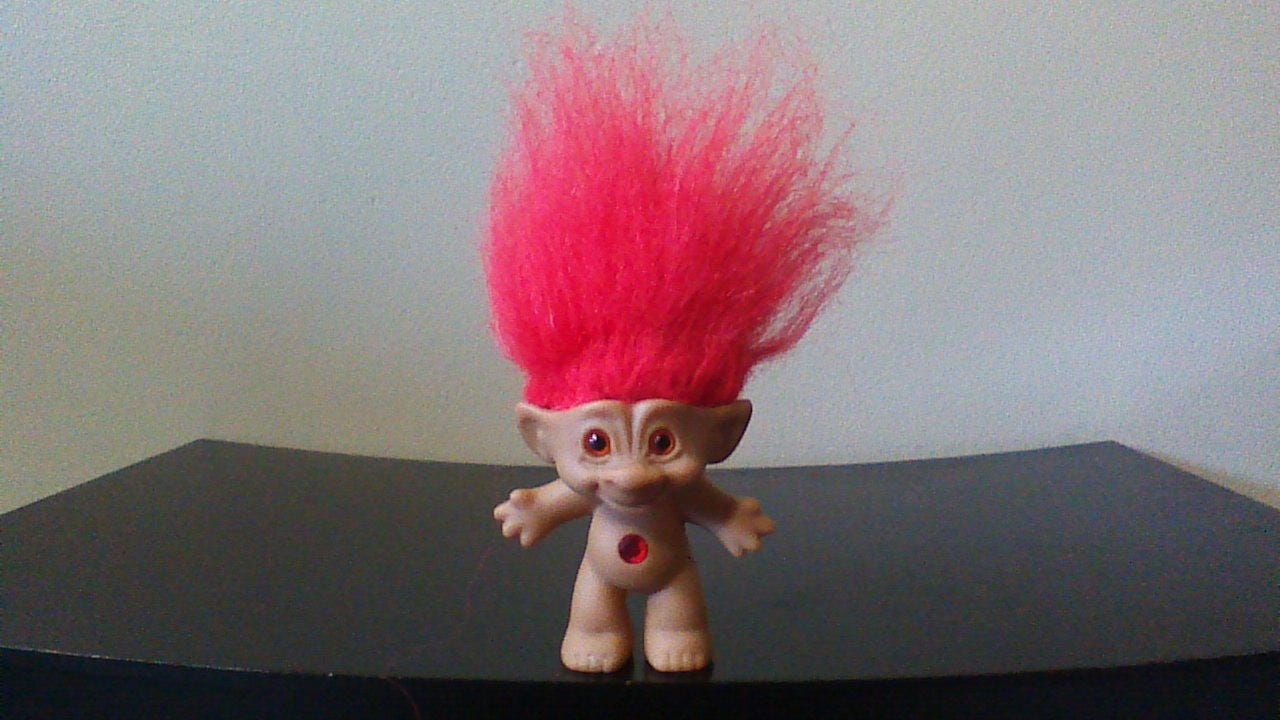 ?zoom & Vintage Ace Novelty Treasure Troll Doll Red Hair Red Circle
