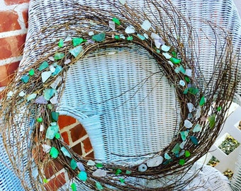 "Wreath - 24"" Artisan Designed Genuine Seaglass Wispy Natural Grapevine Wreath"