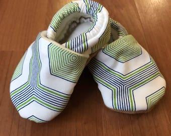6-12 Month Hexagon Baby Booties