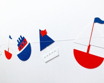 All at Sea Nautical Bobbing Boat Garland