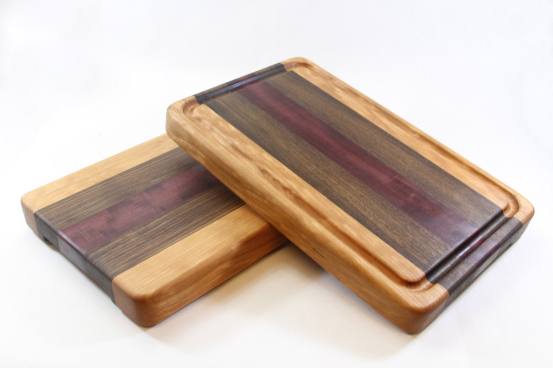 handcrafted wood cutting board edge grain cherry walnut. Black Bedroom Furniture Sets. Home Design Ideas