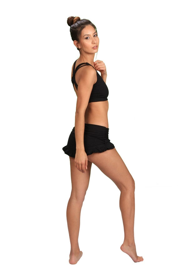 Spring Sale! Shanti Strappy Back Yoga Tank Bra in Black for Womens Yoga Wear Gift for Her Wholesale