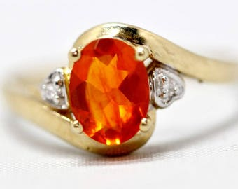 November Birthstone - 10K Yellow Gold Oval Cut Citrine & Heart Accent Ring Size 8.25