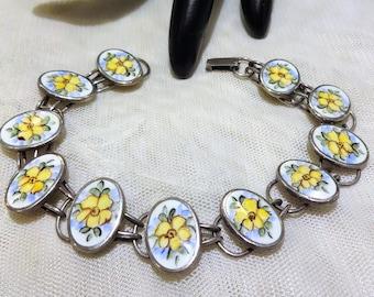 Very Pretty Sterling Yellow Flower Enamel Link Bracelet