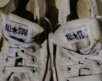 Vintage Converse All Star Low Top White Sneakers sz 5m 7w Grunge Punk Destroyed Paint