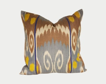 Ikat Pillow, Ikat Pillow Cover NPI202, Ikat throw pillows, Designer pillows, Decorative pillows, Accent pillows