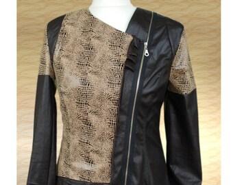 Bikerdesigner jacket with snake print. Gr. 40
