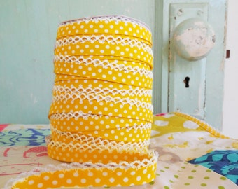 Yellow Polka Dot Crochet Edge Double Fold Bias Tape (No. 6) Quilt Supplies.  Fabric Supplies.  Sewing Supplies