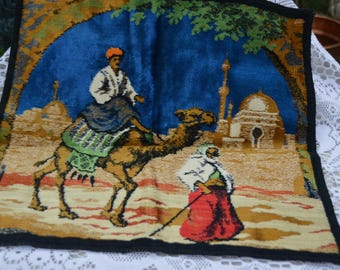 """eb1755 Tapestry Pillow Cover Vintage Mideast Camel Desert 1930s about 17"""" x 17.5"""""""