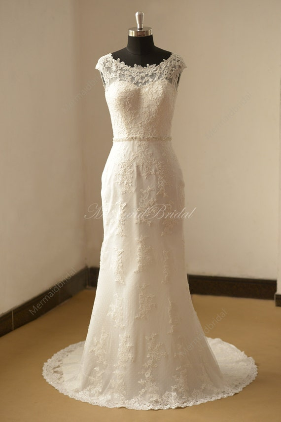 Open back Fit and flare Vintage lace Wedding dress with