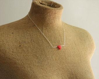 Rotes Dreieck Halskette auf kurze Sterling Silber Kette für einfache alltägliche Design
