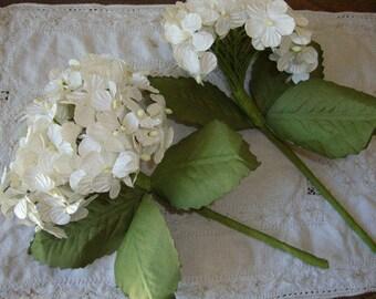 Large paper flowers bouquet Hydrangeas ivory wedding supplies table decorations centerpiece cottage Chic party decor DIY wedding party