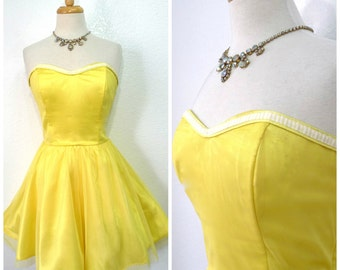 Vintage 80s Dress Yellow Sweetheart Neckline Strapless Mesh Party Dress Steppin Out Small