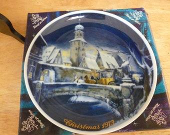 Royal Bayreuth 1973 Christmas plate with box