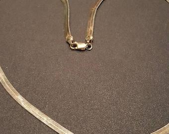 20 inch shiny vintage gold necklace