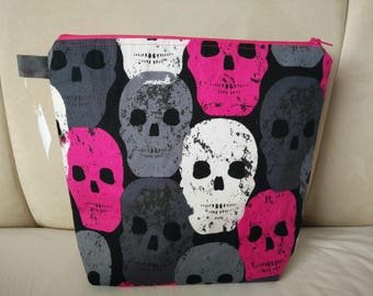 Skull zipper wip bag