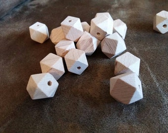 Lot of 5, 10, 25 or 50 Natural untreated 15 mm wood hexagon beads