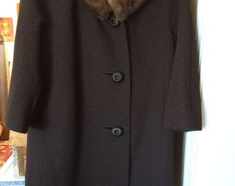 Vintage Coat Mink Collared Women's Coat with Bonus Mink Cap