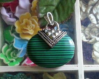 1 pendant with malachite, antique silver, mixed stone, 45 x 40 x 11 mm, hole: 8x4.5 mm
