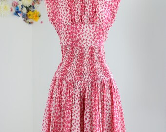 """1950s Dress - Fit And Flare Midi Dress - Pink Floral Print - Summer Cotton - Ruched Waist - Sleeveless - Mad Men Style - Size XS 25"""" Waist"""