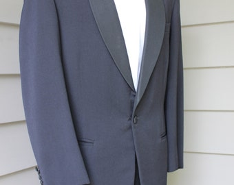 36 S, Vintage 1970's Italian made suit, Leather yoke on back, pants, 31