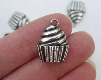 10 Cupcake charms antique silver tone FD139....