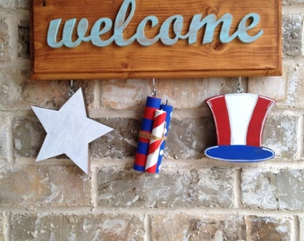 Patriotic Ornaments for Welcome Sign