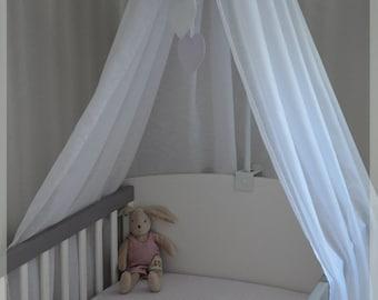 Ciel de lit personnalisable pour bébé