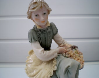 Capodimonte Style 'A Belcari' Figure from the 'Dear' Collection - Italy - Europe - 1987