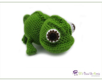Crochet Chameleon Amigurumi -  Reptile Stuffed Toy - Amphibian plushie - MADE TO ORDER