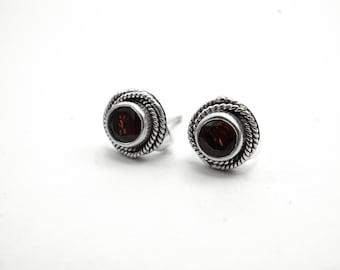 Garnet .925 Silver Stud Earrings Bali