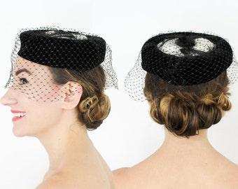 50s Black Velvet and White Feather Fascinator