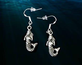 Mermaid Earrings..Silver Mermaid Earrings..Mermaid Costume Accessories..Beach Earrings..Ocean Earrings..Nautical Earrings..Summer Earrings