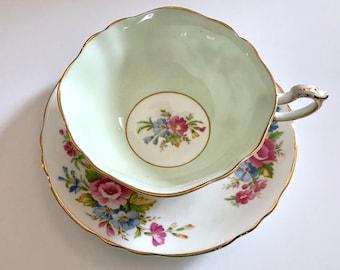 Paragon China Tea Cup and Saucer Teacup Set
